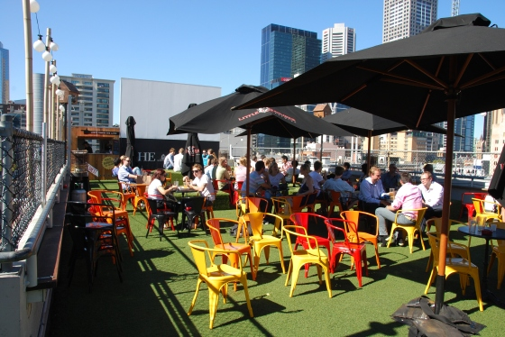 Rooftop-Bar-Ally-