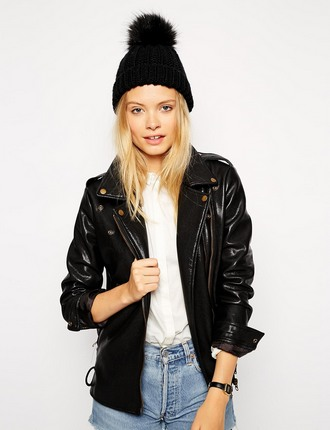ultimate-winter-holiday-packing-list-ss-2014-asos-pom-beanie